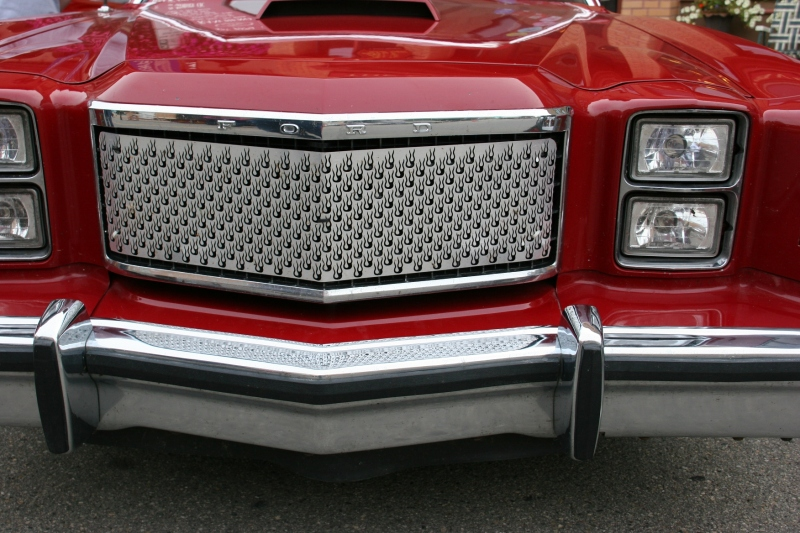 My appreciation for vehicles, like this Ford Torino, extends to the details. Love this artsy front end.