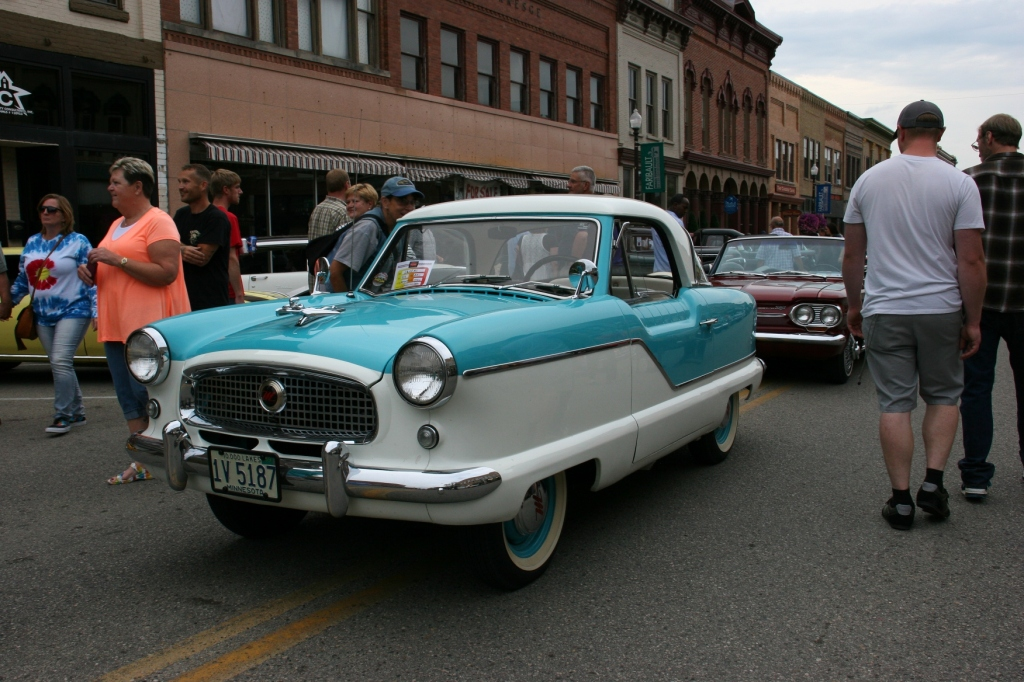This cute little 1959 Metropolitan drew lots of attention as did its companion one several blocs away.