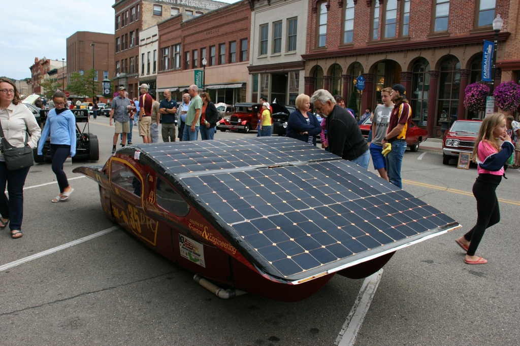Another view of the U's solar car.
