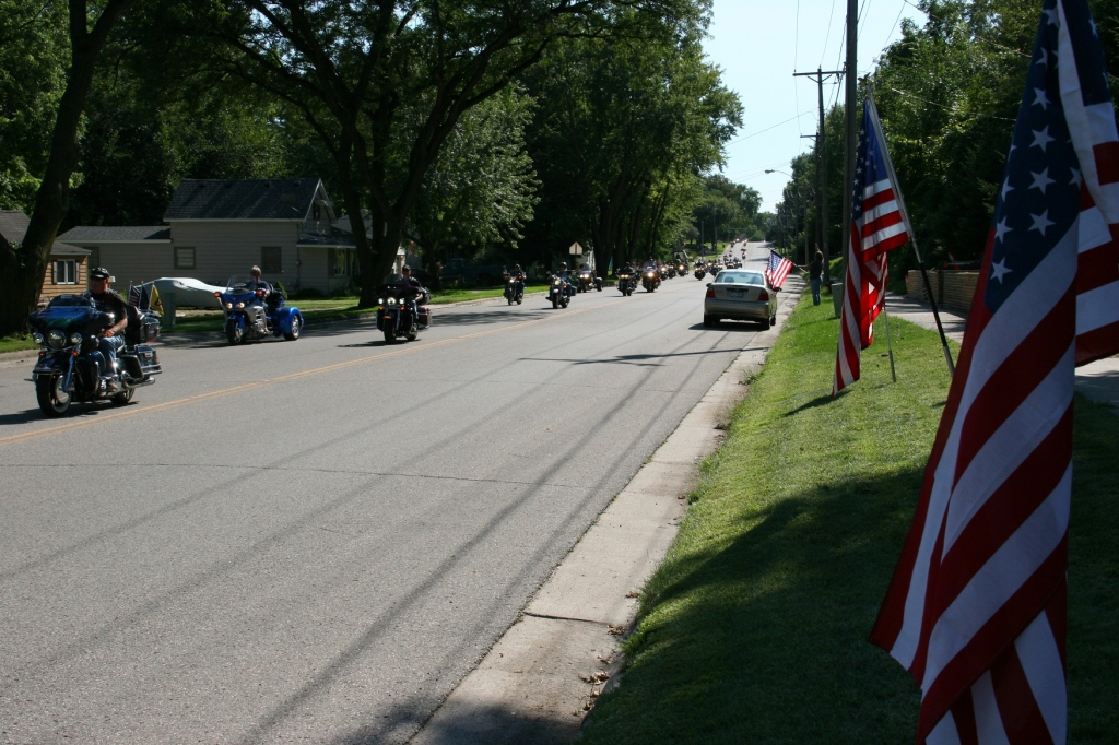 Vietnam Wall Memorial processional, #40 bikes and flags