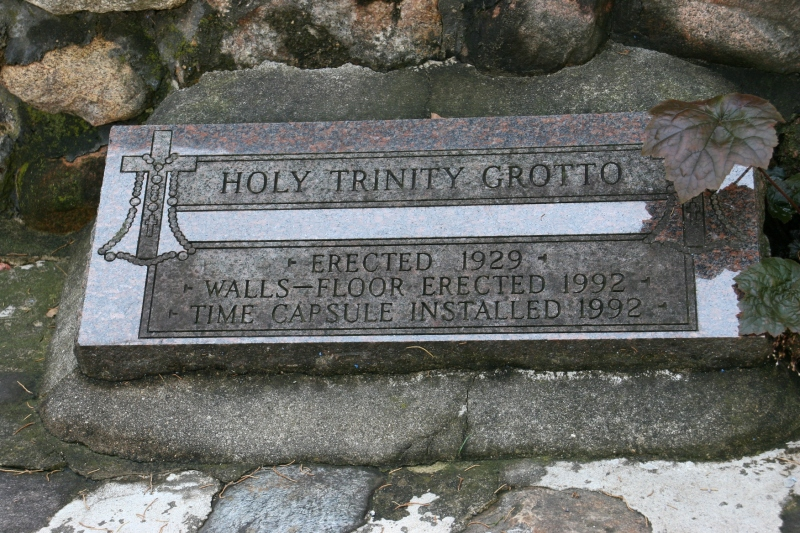 holy-trinity-grotto-43-in-ground-stone