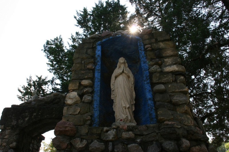 holy-trinity-grotto-44-mary