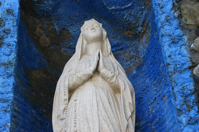 holy-trinity-grotto-46-close-up-of-mary
