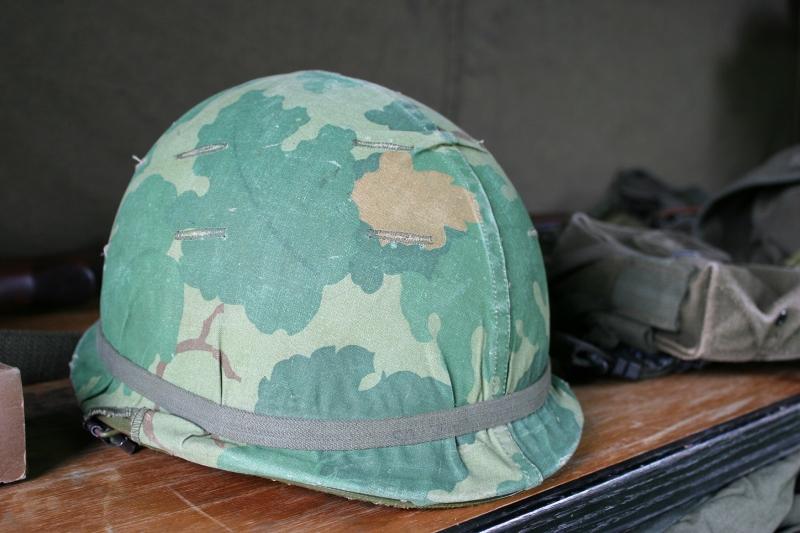 vietnam-wall-80-helmet