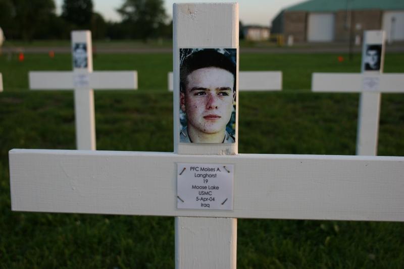 Vietnam wall preview, #19 Langhorst cross