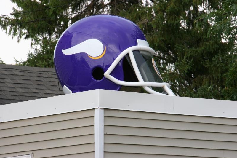 vikings-house-15-helmet-atop-close-up