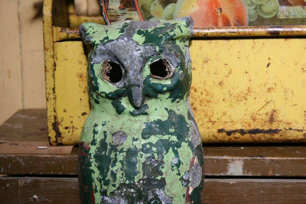 antique-shop-28-shabby-chic-owl