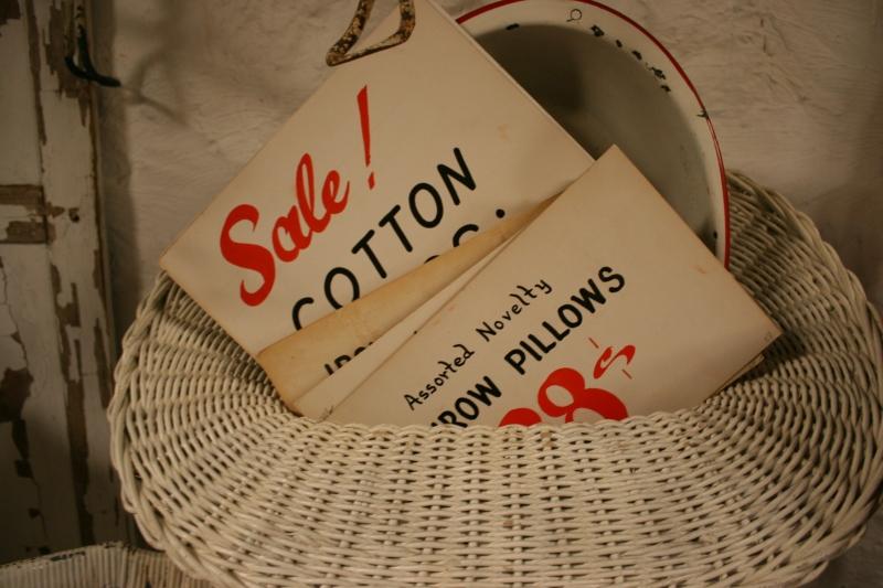 antique-shop-70-sale-signs