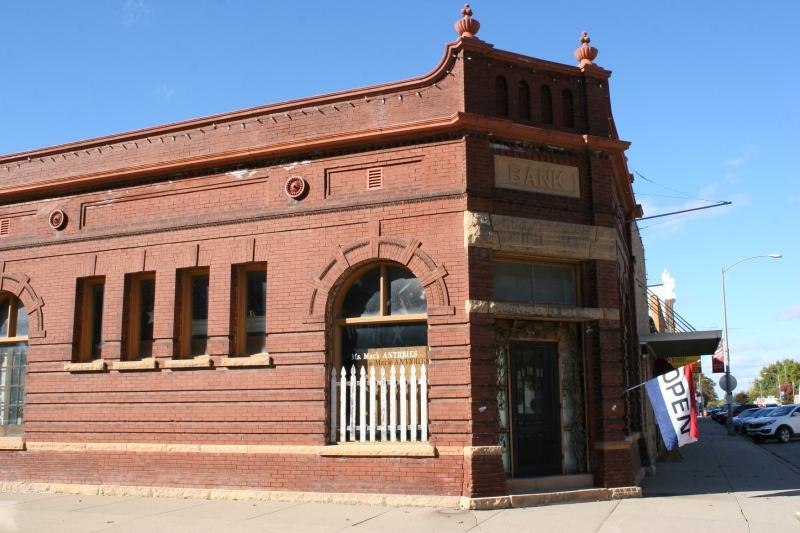 antique-shop-85-exterior