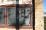 halloween-45-help-on-window