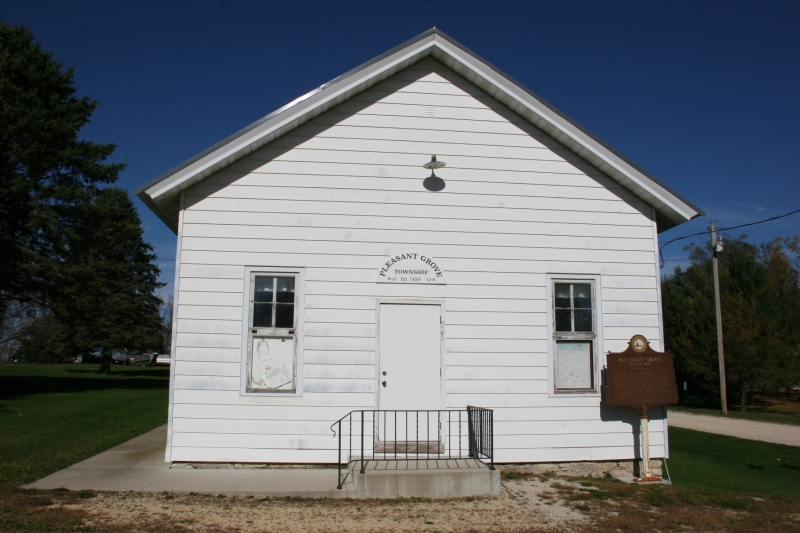 pleasant-grove-town-hall-103-front-of