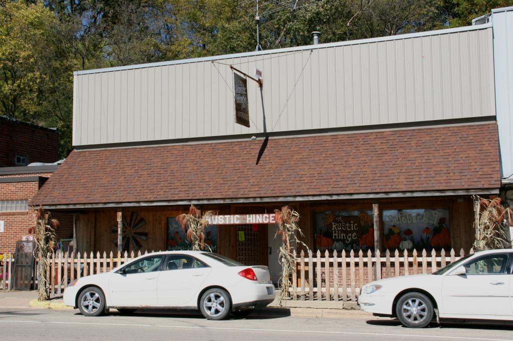 rustic-hinge-sale-87-building