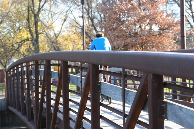 A recreational trail bridges the Straight River/Morehouse Park dam.