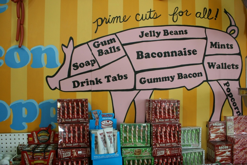 candy-store-348-pig-art-in-bacon-department