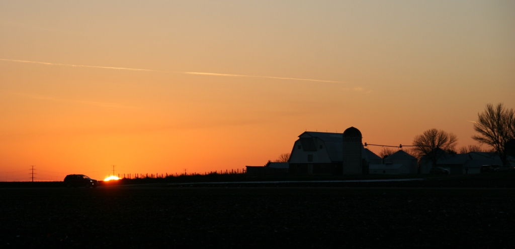 I shot this rural farmsite/sunset scene while traveling along Minnesota State Highway 67 between Redwood Falls and Morgan.