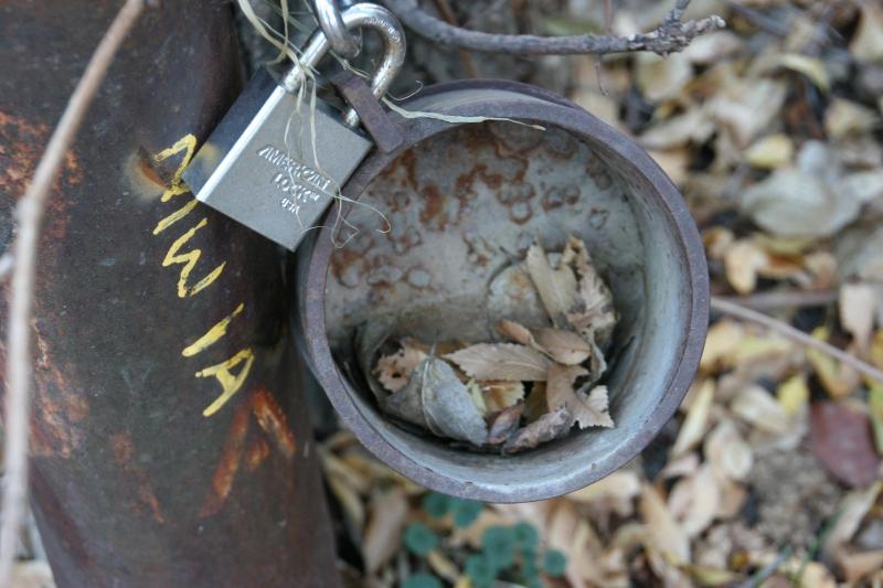 trail-13-padlock-on-pipe