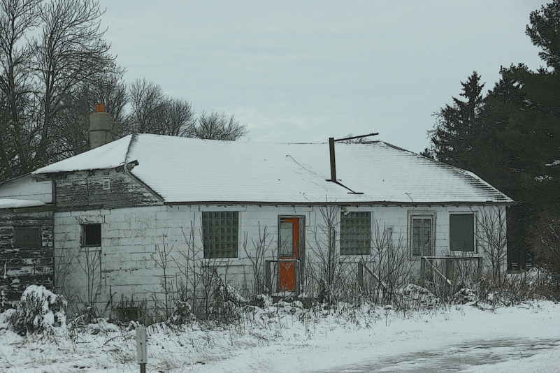 abandoned-building-near-foley-32