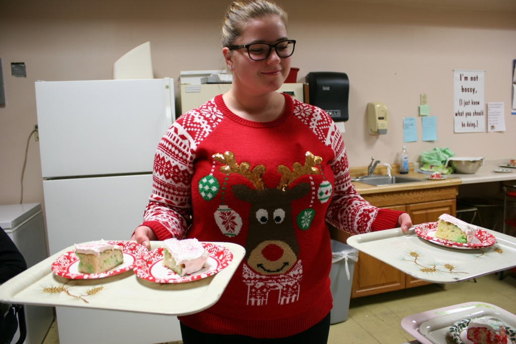 Volunteers served Christmas Cake (aka Poke Cake) and brought left-overs to the Cake Room following the meal.