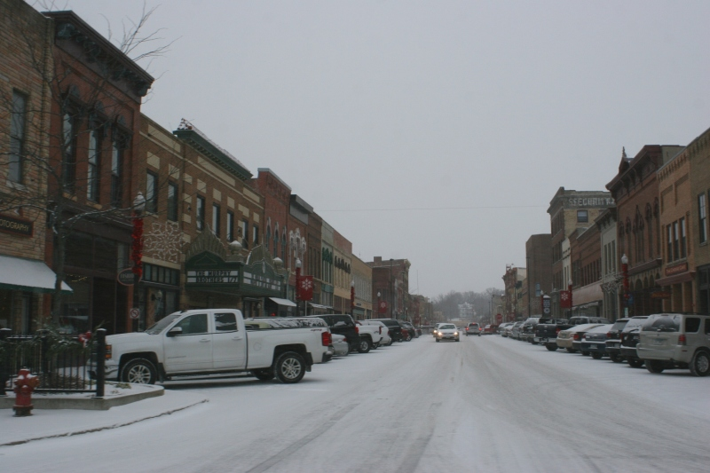 Faribault's Central Avenue from Fourth Street south.