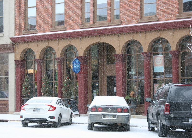 snowing-in-downtown-faribault-178