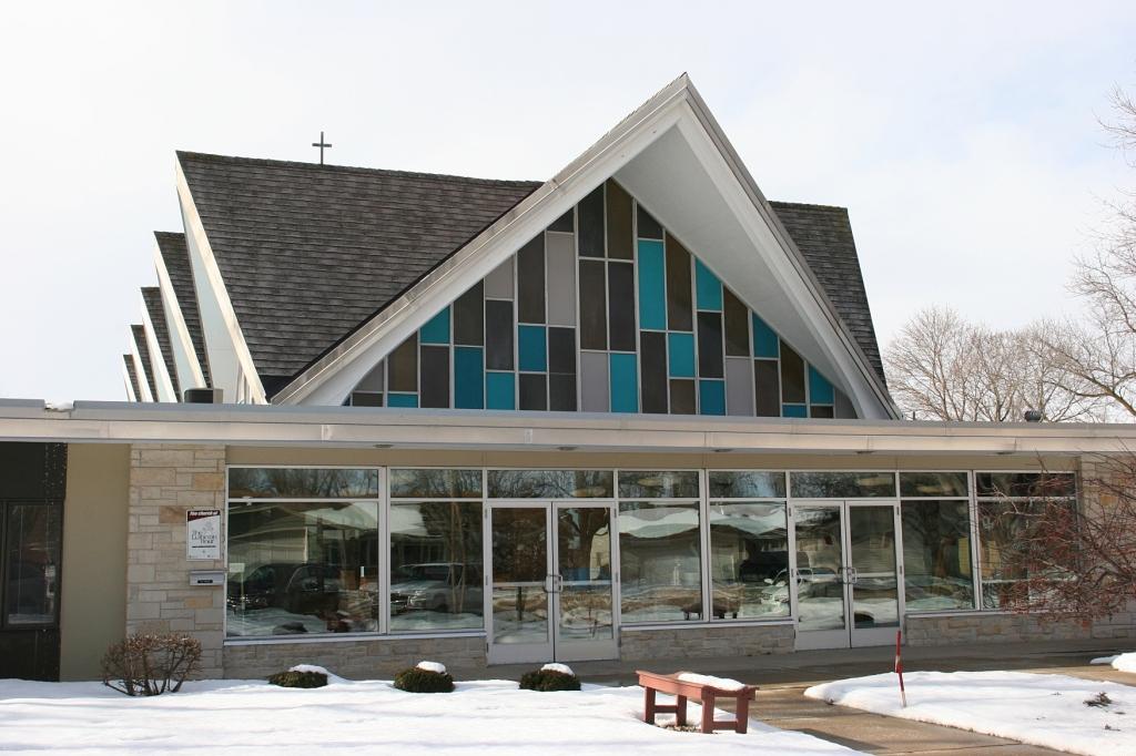 Redeemer Lutheran Church, Owatonna. Minnesota Prairie Roots file photo 2016.
