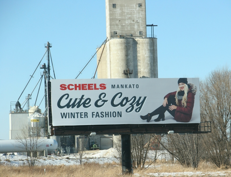 scheels-billboard-between-wasca-and-janesville-11