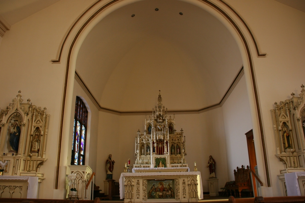 Just look at that altar.
