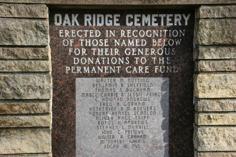 I recognize several early Faribault names on the Oak Ridge Cemetery sign.
