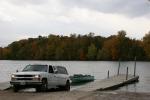 Autumn se Minnesota, #73 putting boat in CedarLake