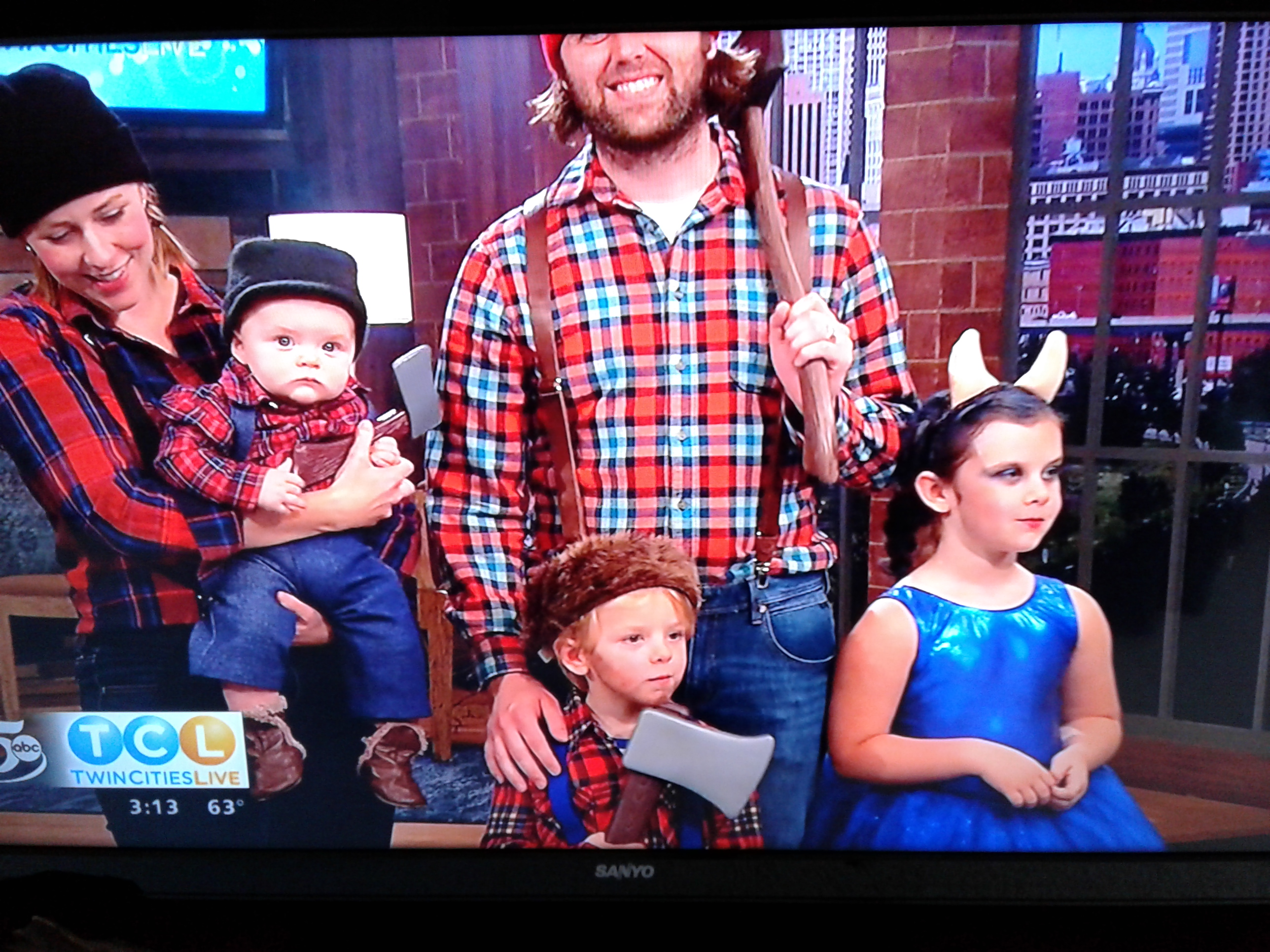 paul babe more than a minnesota legend paul bunyan family halloween costumes